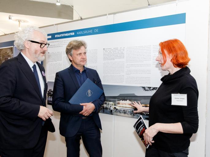 Generalintendant Peter Spuhler, Oberbürgermeister Frank Mentrup und die stellvertretende Direktorin des Deutschen Architekturmuseums Frankfurt Andrea Jürges - Foto: Felix Grünschloß
